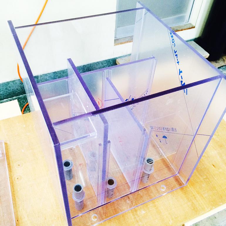 【オーダーメイド塩ビ水槽】実験用脱泡水槽