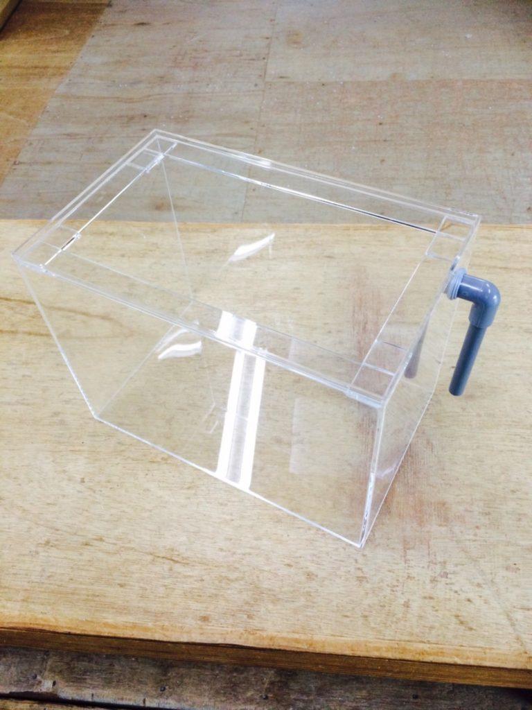 【オーダーメイドアクリル水槽】排水加工つき小型水槽